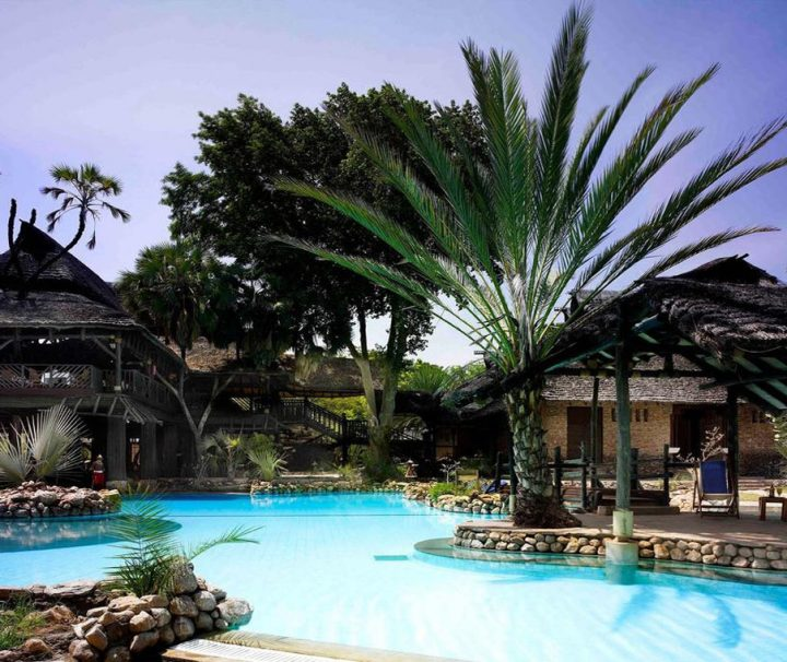 Spacers Travel - SAROVA SHABA GAME LODGE Tour